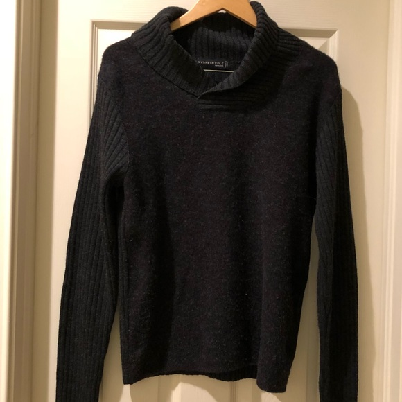 Kenneth Cole Other - Kenneth Cole Gray sweater size medium